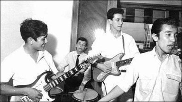 Elvis Phương và Rockin' Stars thuộc số những nghệ sĩ khuấy động phong trào nhạc trẻ Sài Gòn