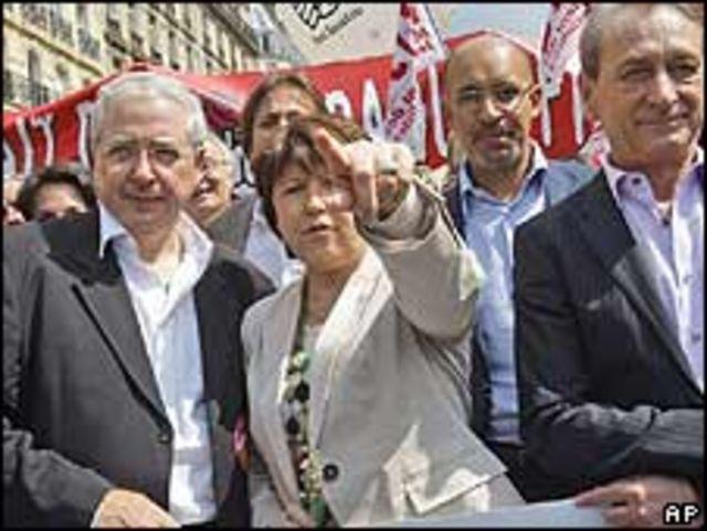 Políticos opositores de Sarkozy