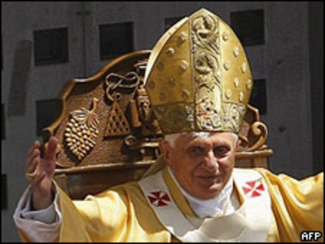 El Papa durante la misa en Belén