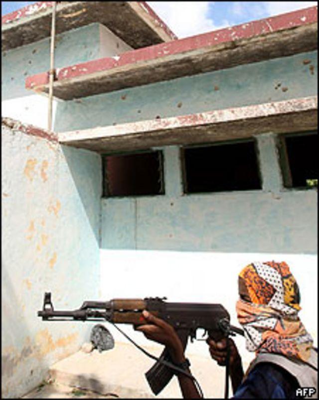 Milicias islamistas en Mogadiscio, capital somalí. 10 de mayo de 2009.