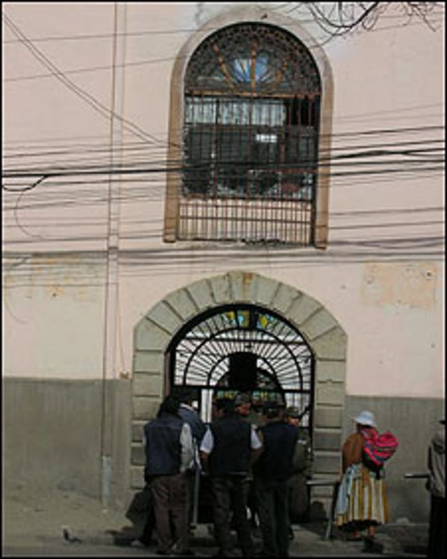 Cárcel de San Pedro en La Paz
