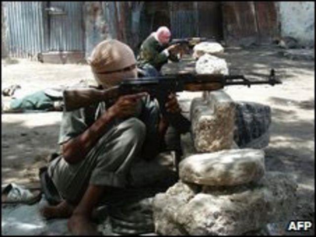Rebeldes en las afueras de Mogadiscio, 16.05.09