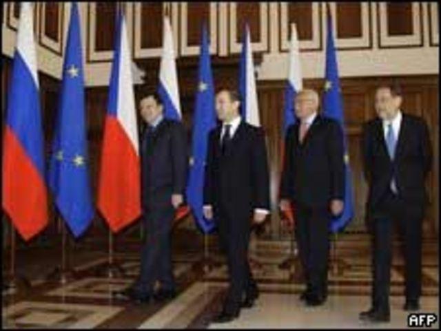 El President Dimitry Medvedev, Vaclav Klaus de la República Checa, Javier Solana y José Manuel Barroso de la UE