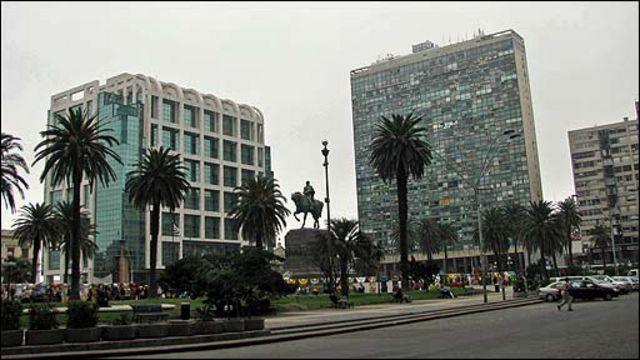 Torre Ejecutiva de Montevideo, sede de la Presidencia de Uruguay. Foto:Veronica Psetizki.