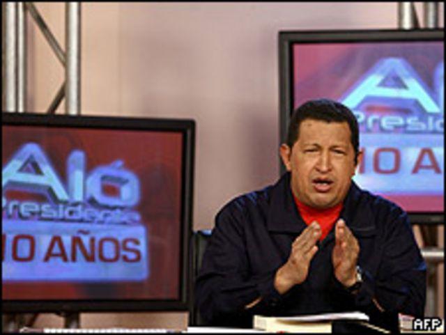 """Hugo Chávez en su edición especial de """"Aló Presidente"""""""