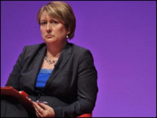La ministra británica de Interior, Jacqui Smith