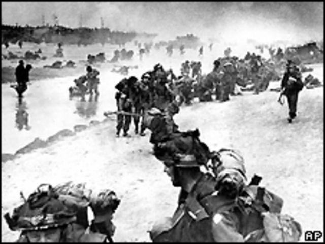 Desembarco de tropas aliadas.
