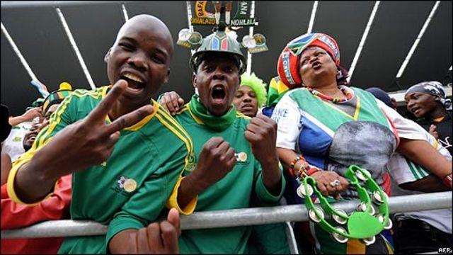 Seguidores de la selección sudafricana de fútbol.