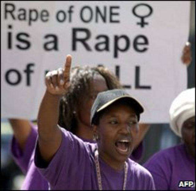 Protestas contra las violaciones en Sudáfrica.