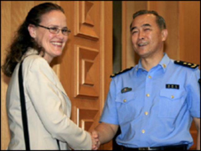 Trợ lý Bộ trưởng Quốc phòng Mỹ họp với Trung Quốc hồi tháng Sáu, có bàn về Biển Đông