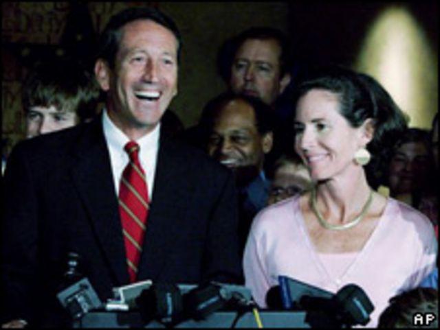 Mark Sanford, gobernador de Carolina del Sur, y su esposa.
