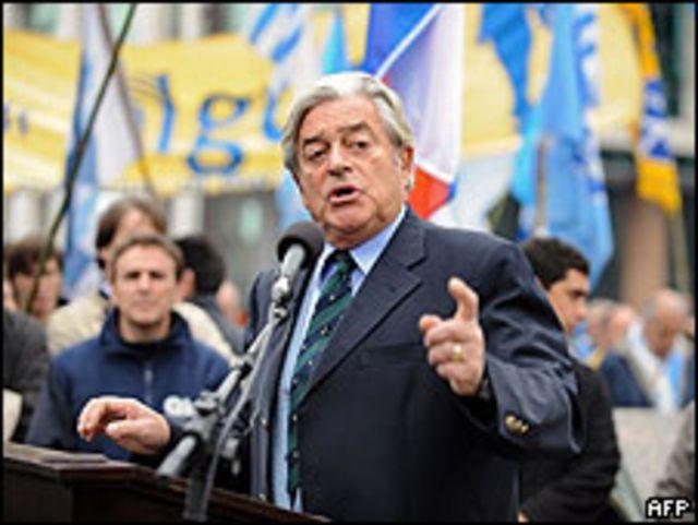 Luis Alberto Lacalle, político uruguayo.