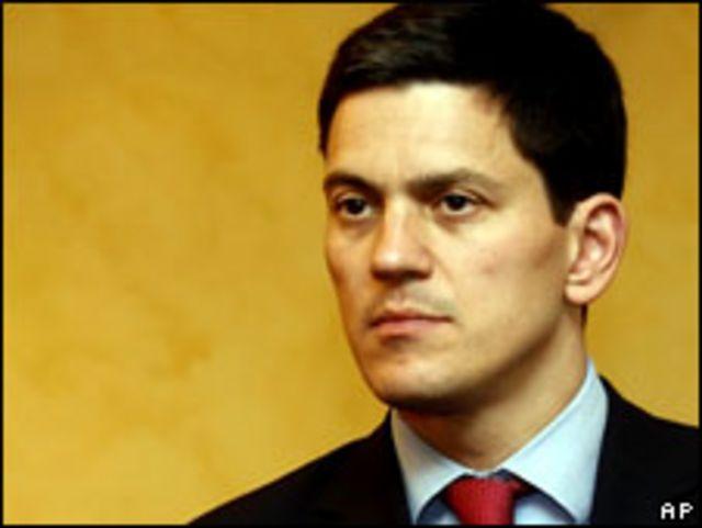 وزير الخارجية البريطاني ديفيد مليباند
