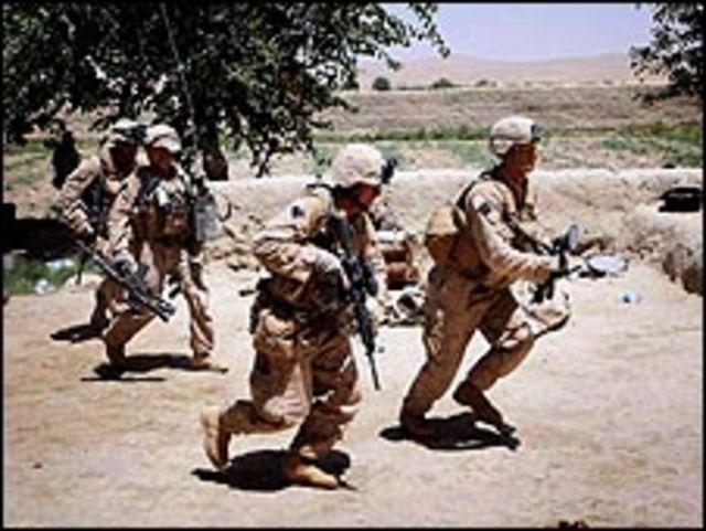 جنود في افغانستان