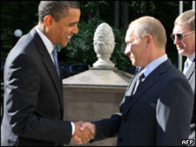 El presidente de EE.UU. Barack Obama,y el primer ministro ruso, Vladimir Putin