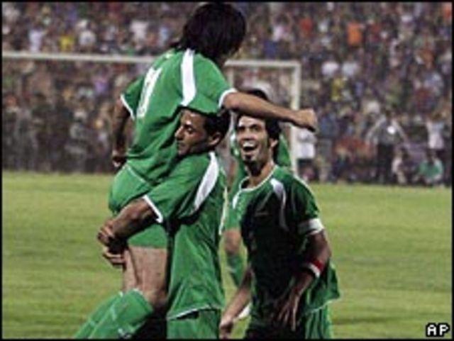 فرحة لاعبي المنتخب العراقي