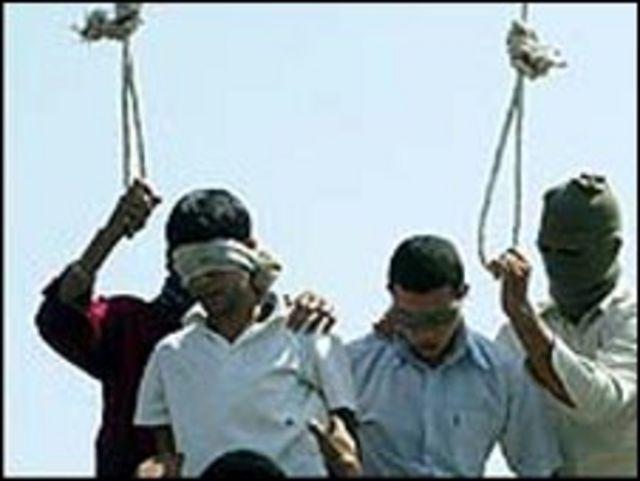 إعدام علني في إيران(أرشيف)