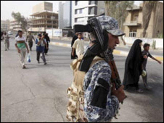 جندي عراقي في بغداد