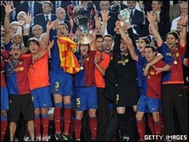 احتفال لاعبي بر شلونة بدوري أبطال أوروبا
