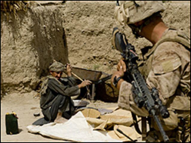 دعت طالبان الى منع الناس من المشاركة في الانتخابات واقفال الطرق امام السيارات