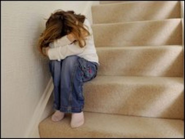 تم تبني القانون حتى لا يتخذ المعتدون على الاطفال من التربية ذريعة