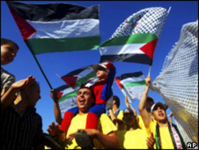 مؤيدون لفتح في الضفة الغربية