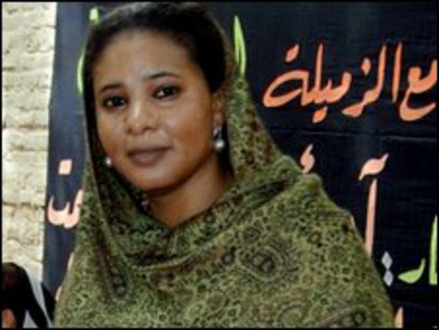 الصحفية السودانية لبنى حسين