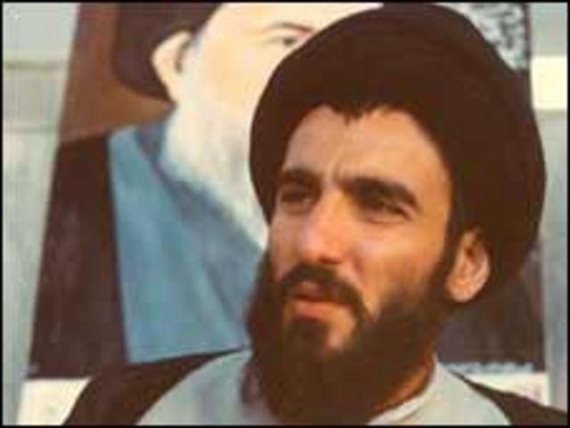 آقای شاهرودی به درخواست آیت الله خمینی به ایران آمد و تدریس علوم دینی را در این کشور آغاز کرد