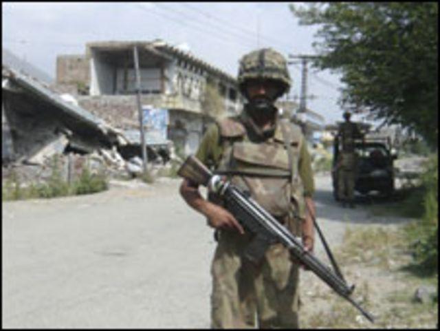 عناصر في الجيش الباكستاني