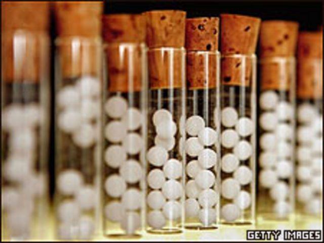 Tubos que contienen remedios homeopáticos