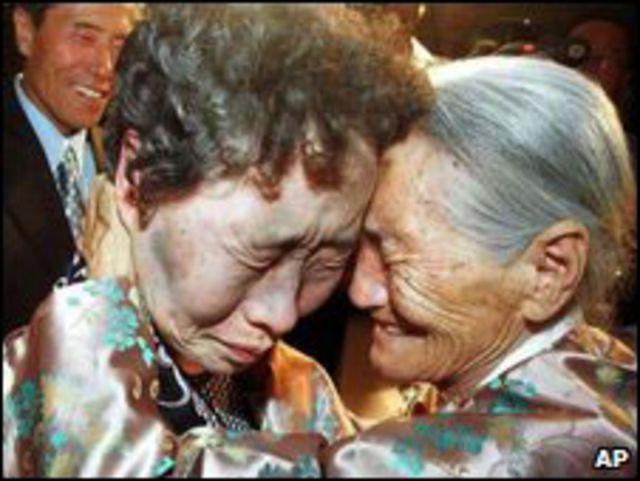 لم شمل أسرة اضطرت إلى الانفصال بسبب الحرب الكورية
