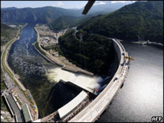 Дамба Саяно-Шушенской ГЭС