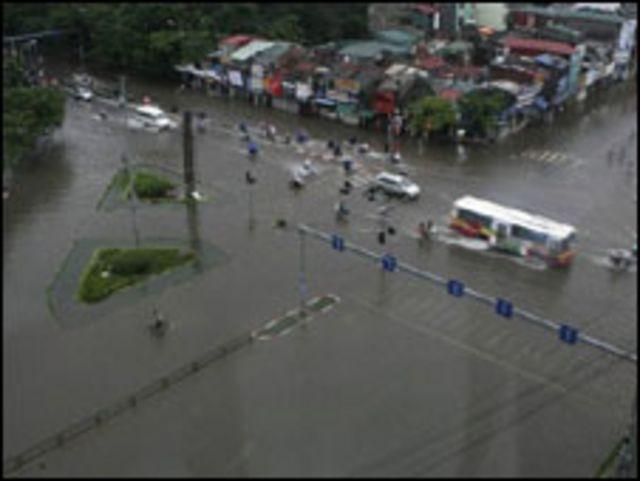 Trận lụt lịch sử năm 2008 bộc lộ bất cập trong cơ sở hạ tầng ở thủ đô
