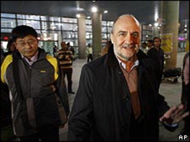 وصول المفتشين إلى طهران