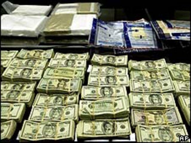 Cocaína y dinero incautados a un cartel de México (Foto de archivo)