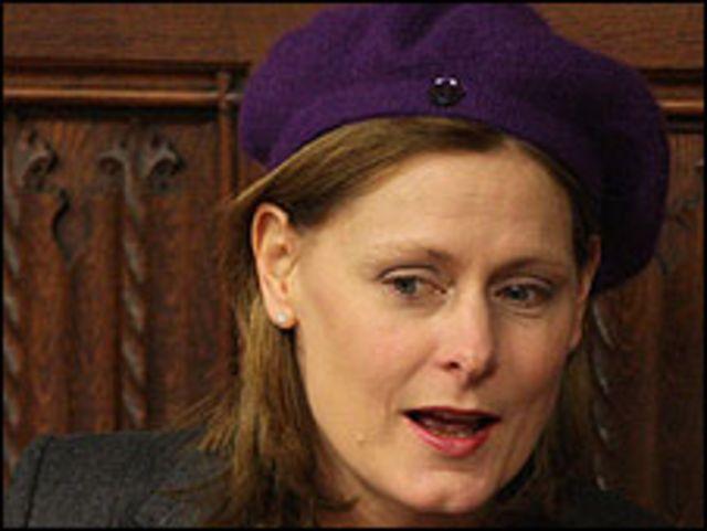 ساره براون زوجة رئيس الوزراء البريطاني
