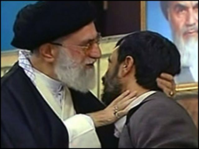 آیت الله خامنه ای و احمدی نژاد