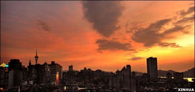 澳門的晚霞(新華社圖片27/11/2009)