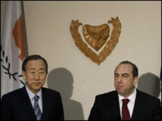 بان كي مون ووزير الخارجية القبرصي