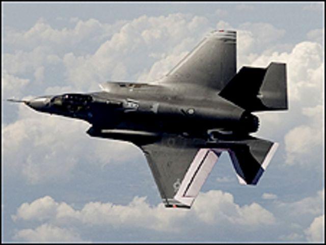 مقاتلات F35 برنامج التسلح الاكثر كلفة في ميزانية وزارة الدفاع