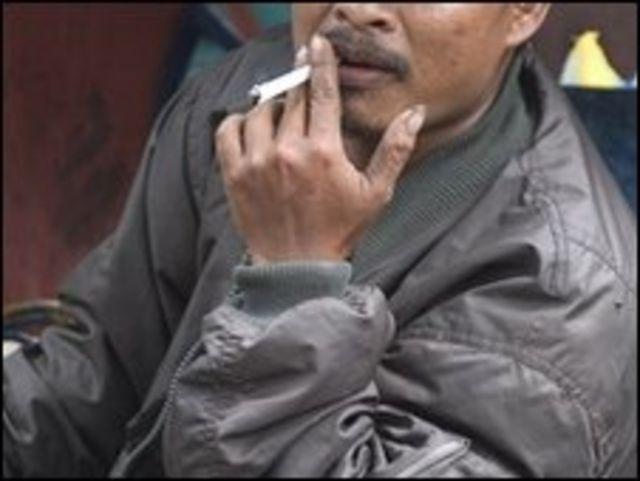 يدخن سوسانتو منذ كان تلميذا في المدرسة