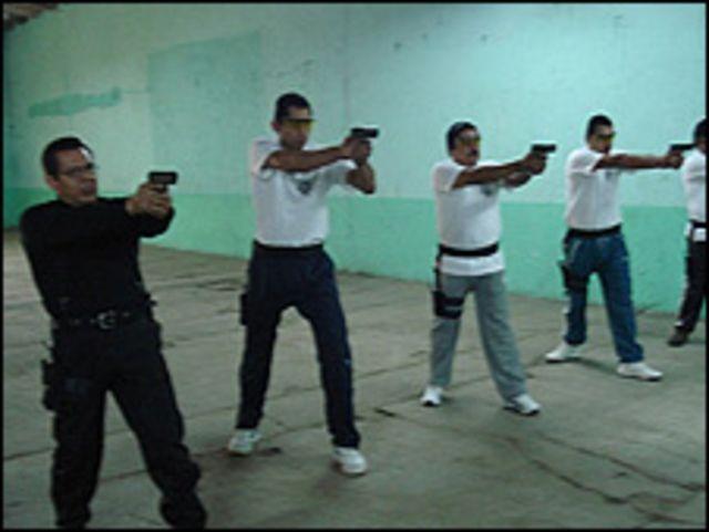 Entrenamiento de la Sociedad Mexicana de Guardaespaldas. Foto: cortesía SMG