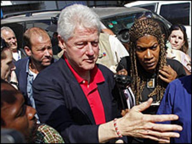 Bill Clinton, ex presidente de Estados Unidos, en Haití.