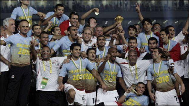 لاعبو مصر بعد التتويج