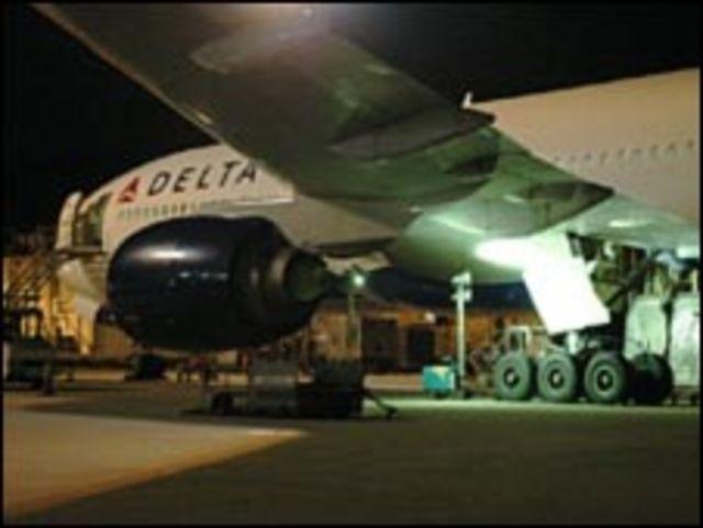 طائرة شرطة دلتا