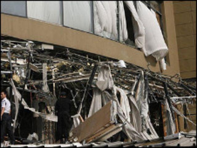 اضرار ناتجة عن تفجيرات جاكارتا (ارشيف)