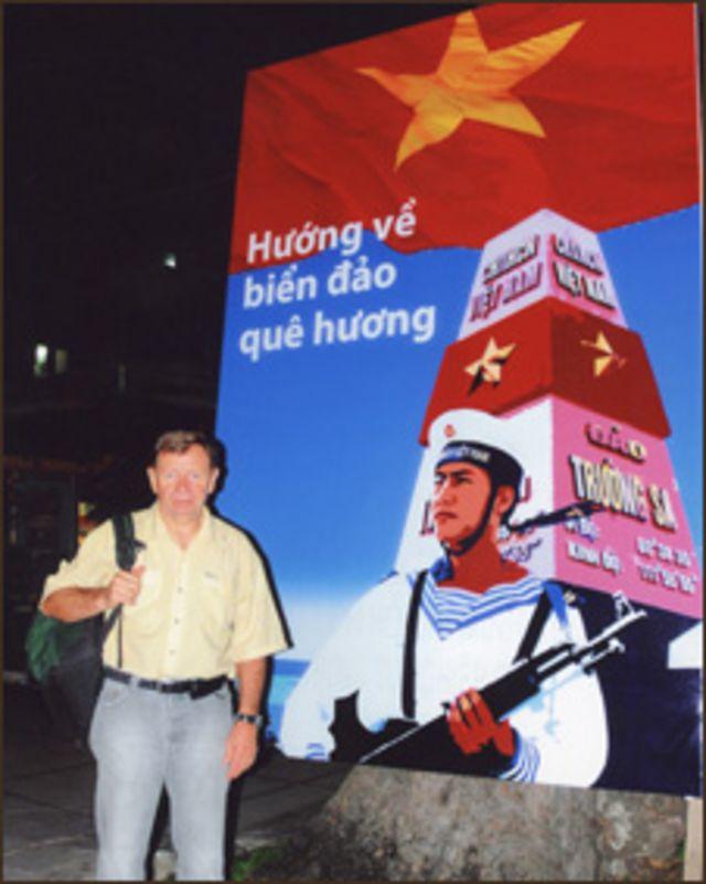 Andre Menras ở Quảng trường Lam Sơn của TP. HCM