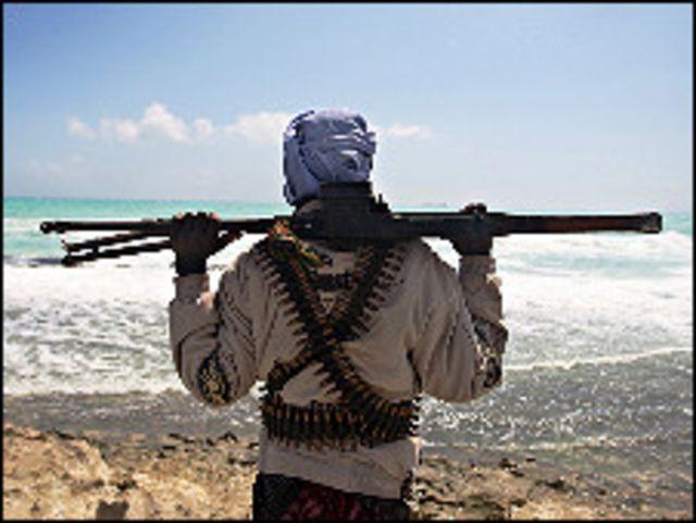 عادة ما ينشط القراصنة الصوماليون في الاشهر بين اذار/مارس وايار/مايو عندما يكون البحر يكون هادئا