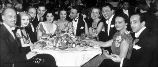 جانب من حفل الاوسكار الاول في فندق روزفلت