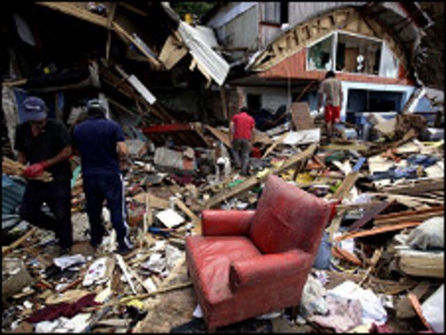 الدمار جراء الزلزال في تشيلي